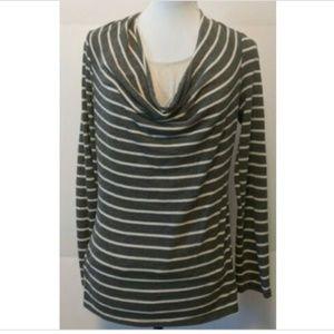 ♥️3 For $25♥️ Motherhood Nursingwear Cowl Neck